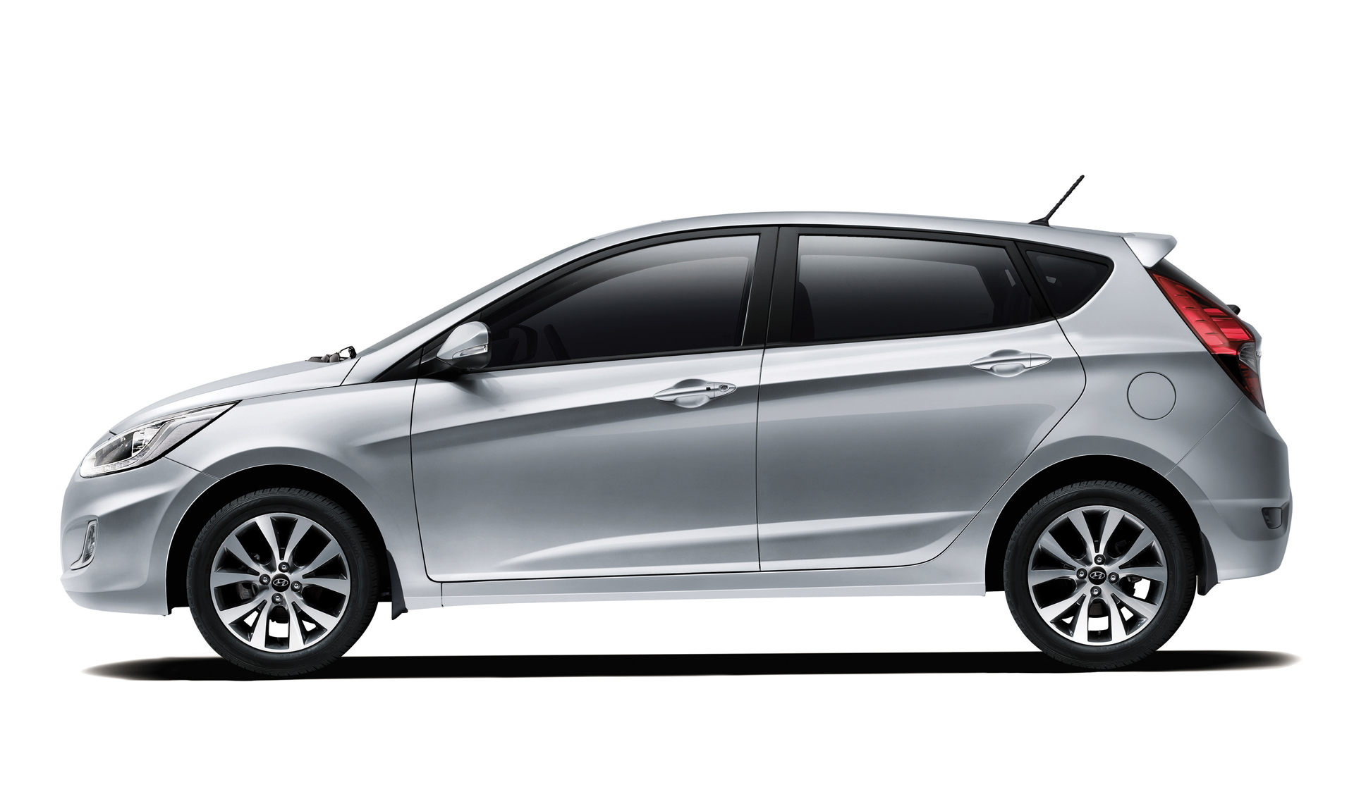 2016 hyundai accent sedan hatchback specs review. Black Bedroom Furniture Sets. Home Design Ideas